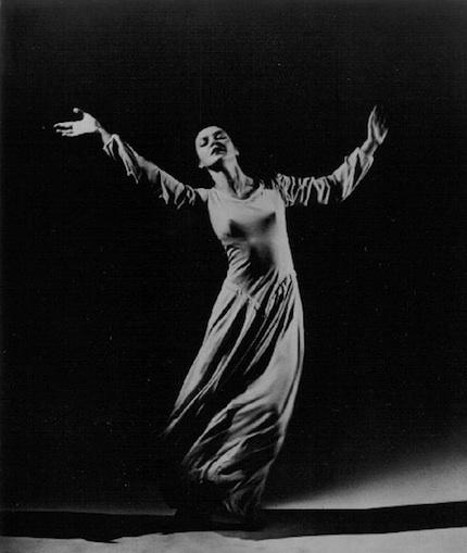 Legendary modern dancer Mary Anthony