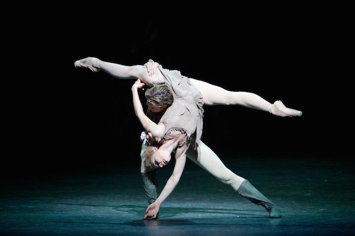 Melissa Hamilton and Matthew Golding in Manon