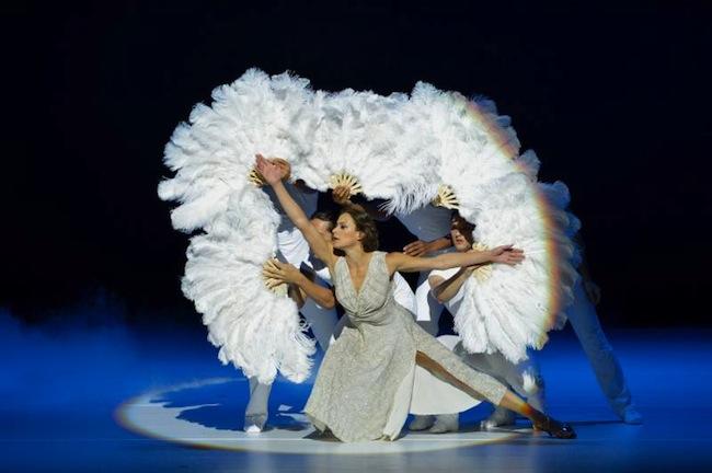 Ballet Hispanico in Show.Girl.