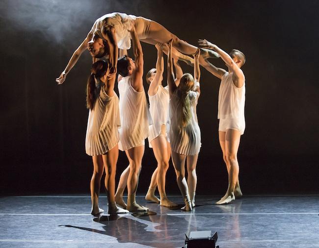 Thodos Dance Chicago's New Dances performance series