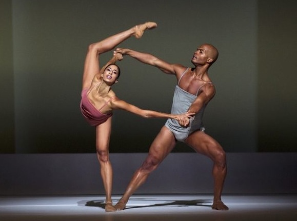 Alicia Graf Mack and Vernard J. Gilmore in Wayne McGregor's Chroma
