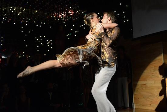 Amanda Selwyn Dance Theatre dance partnering