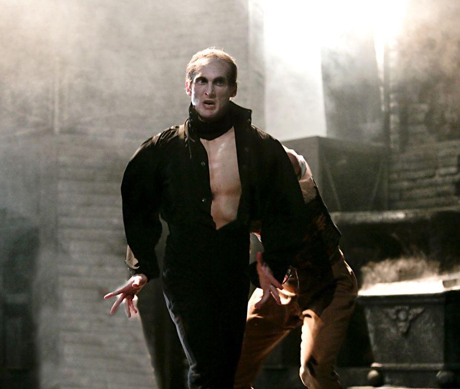 Atlanta Ballet's 'Dracula'