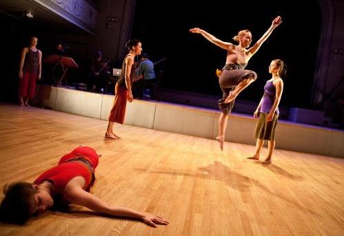 Chris Ferris & Dancers in Circuitous Body