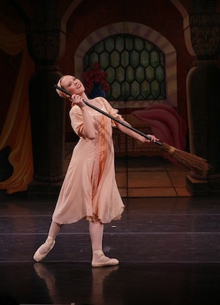New York Theatre Ballet in Cinderella