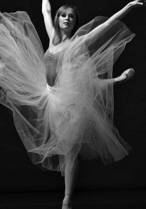Carolyn Judson performs with Queensland Ballet