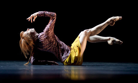 Sylvie Guillem performing 'Bye.' Photo by Lesley Leslie-Spinks.