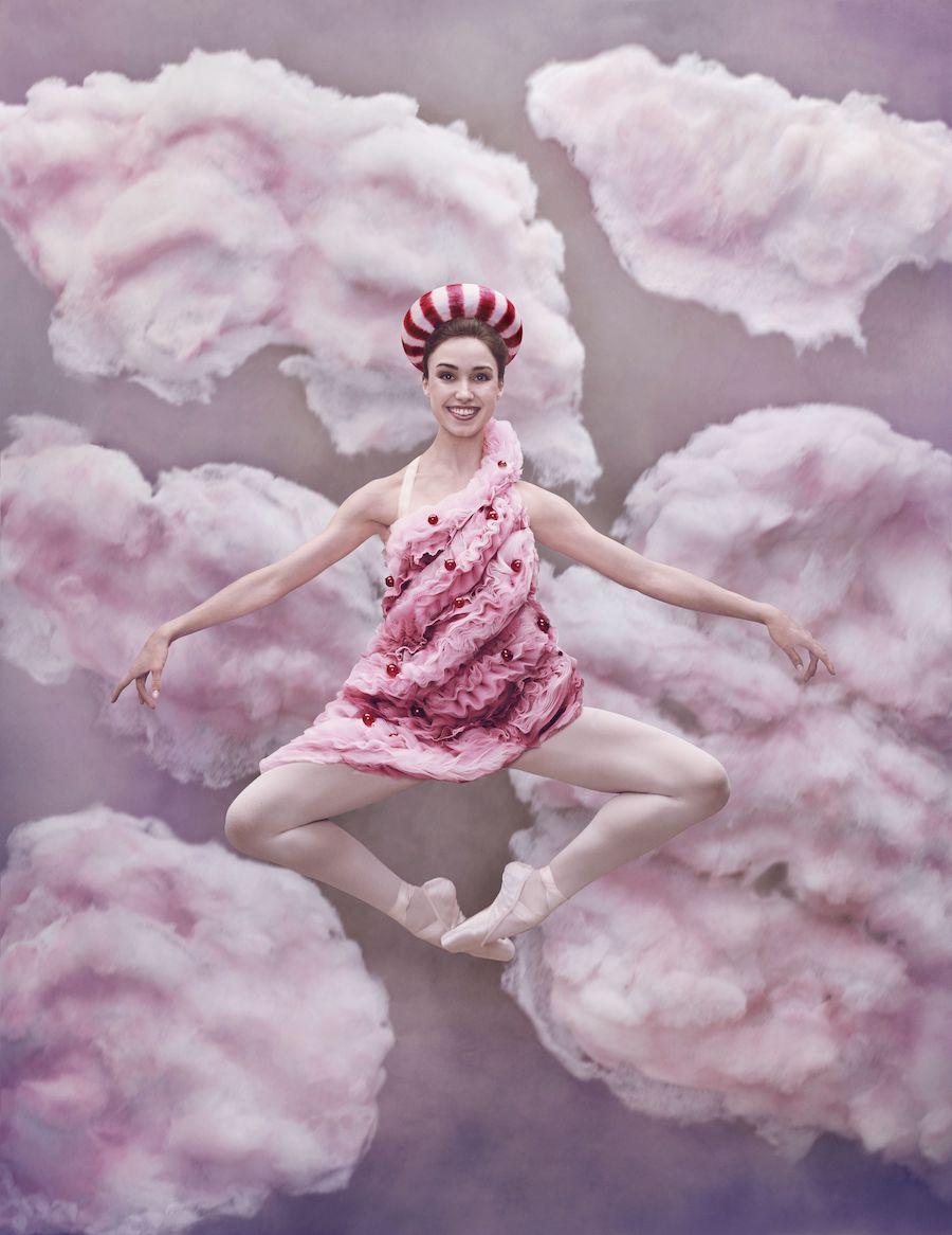 Betsy McBride as Swirl Girl