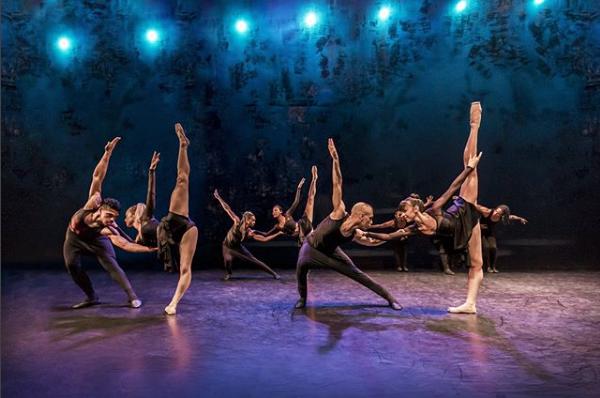 Cuban dancers tour Australia