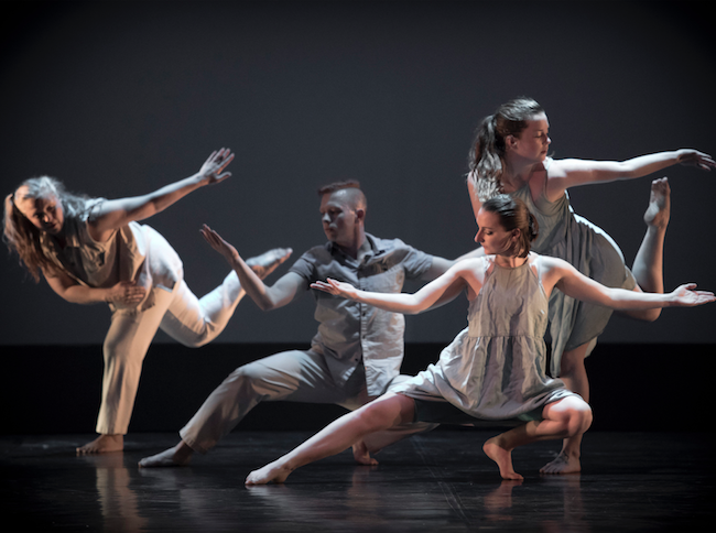 Jane Franklin Dance in Aflight. Photo by Andrew Bossi.