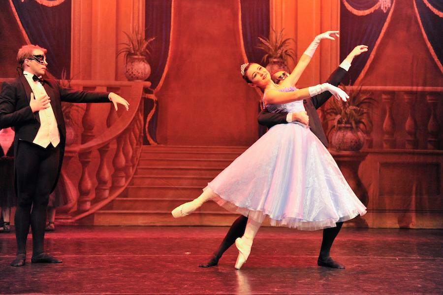 Cinderella by Victorian State Ballet